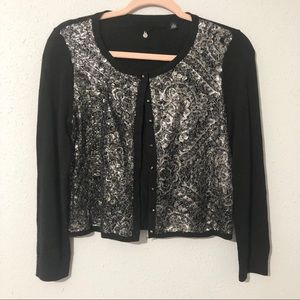 KNOTTED & KNITTED Silver Sequined Cropped Cardigan